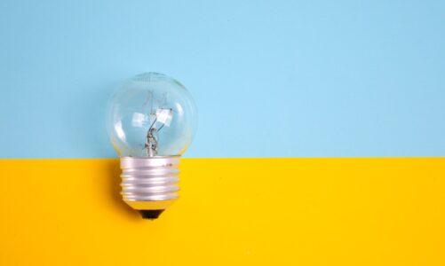 Voorkom hoog energieverbruik door thuiswerken met deze 12 tips